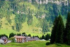 Das Hotel Goldener Berg liegt auf ca. 1.700 Höhenmetern – und inmitten eines starken Kraftorts.